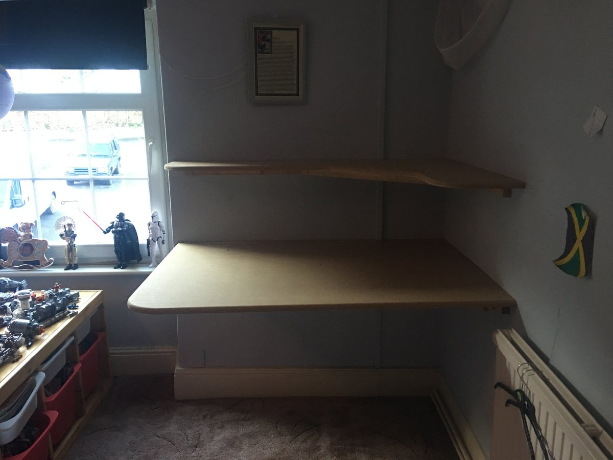 Image of custom curved corner shelving llandogo