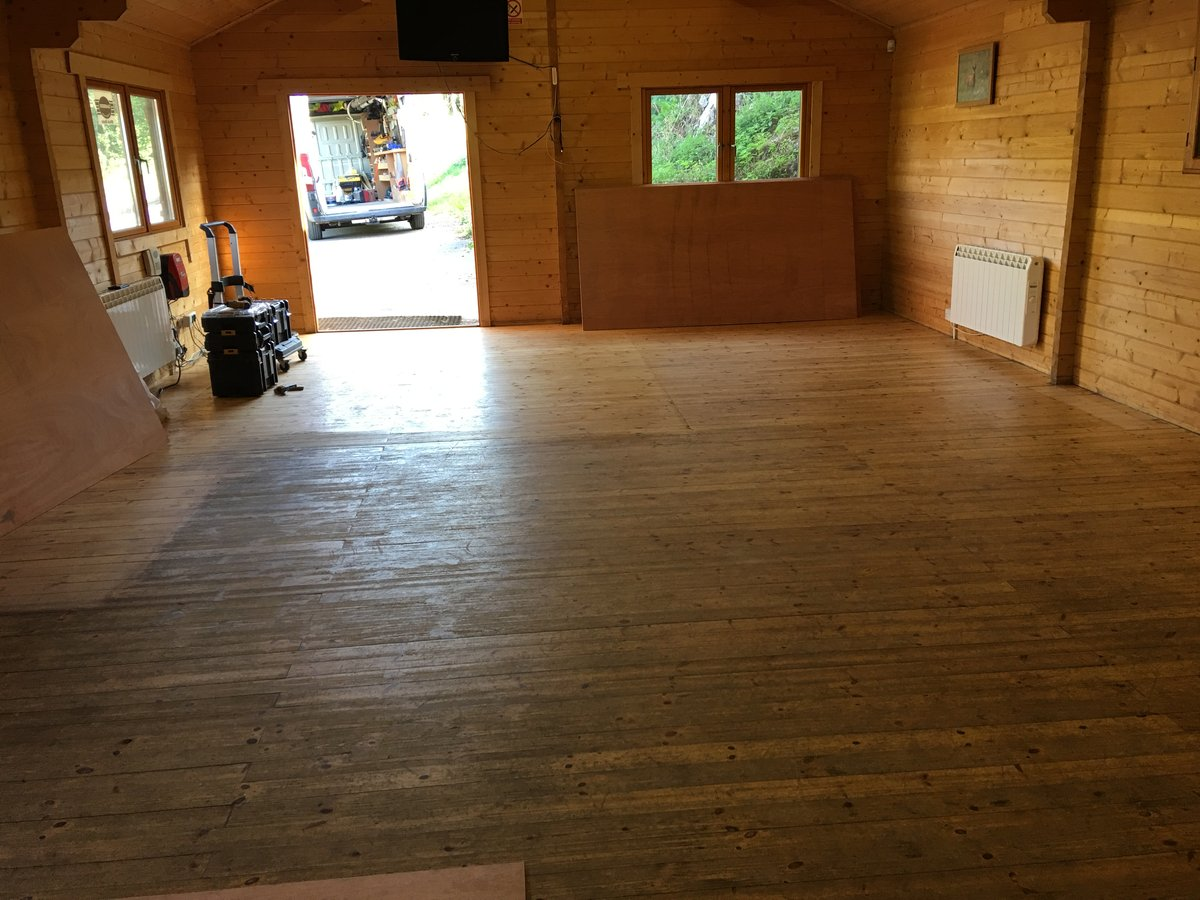 Image of floor ply lining mork clay pigeon shoot