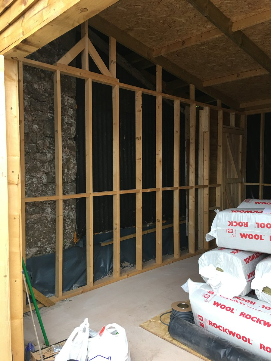Image of insulated and osb boarded barn mork