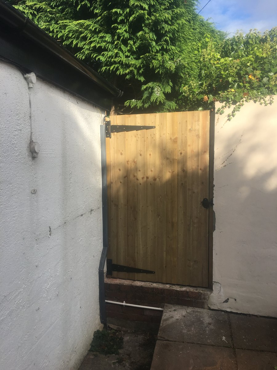Image of rear garden gate replacement abergavenny
