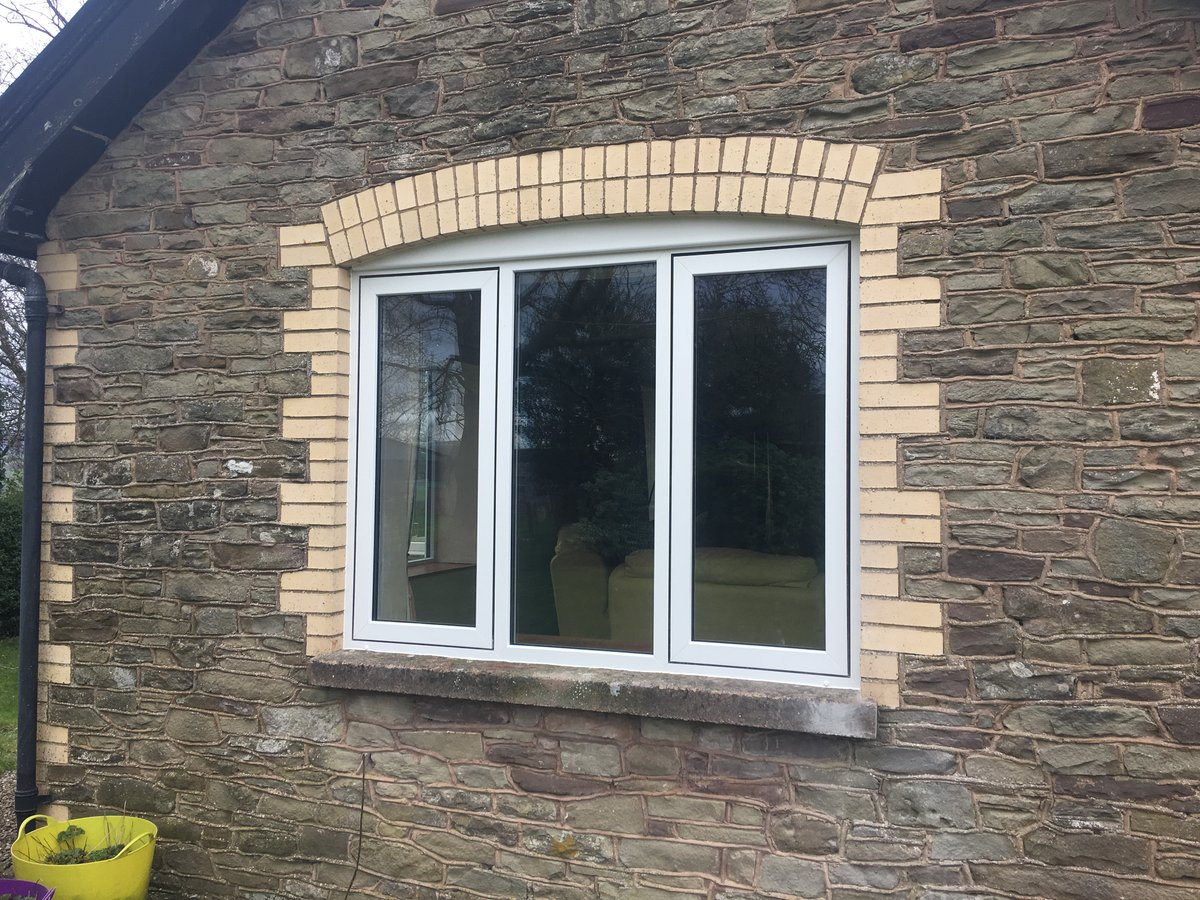 Image of replacement windows bespoke size cross ash